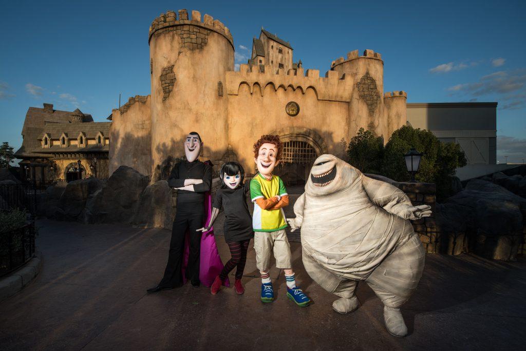 Halloween-в-Dubai-Parks-and-Resorts